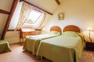 Chambre 2 lits jumeaux - dormir entre Nantes et Rennes , proche de Derva, Plessé, Blain