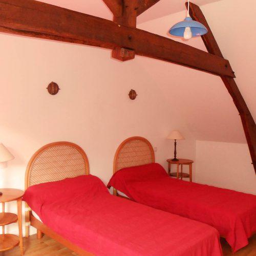 chambre spacieuse 3 personnes gîte Guémené-Penfao séjour en famille loire atlantique